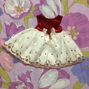 Like New Youngland  Embroidery Baby girl Dress